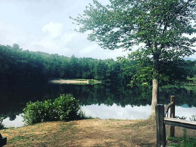 #TBT to the most peaceful day at Lake Powhatan. We could stay there forever! ⠀ ⠀ #lakepowhatan #camping #Lakelife #lake #asheville #visitasheville #Ashevillenc #viewfromtheotherside
