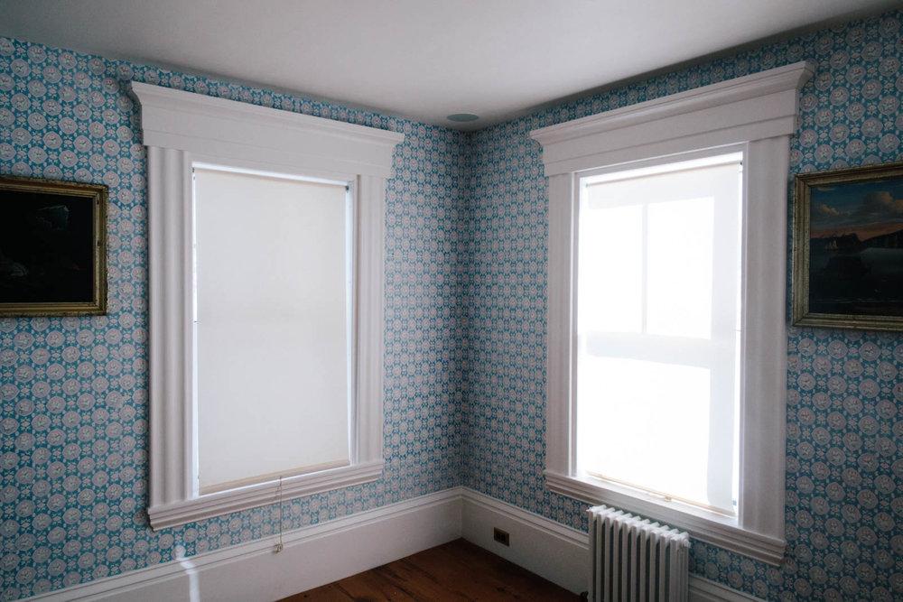 24 Jim_Wallpaper_DS Front Room-6JA2A9296-min.jpg