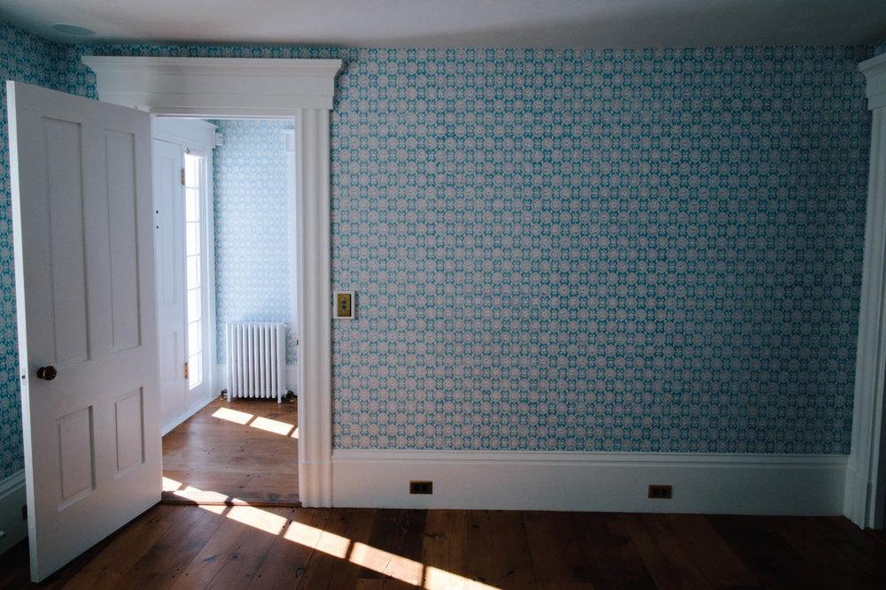 25 Jim_Wallpaper_DS Front Room-8JA2A9304-min.jpg