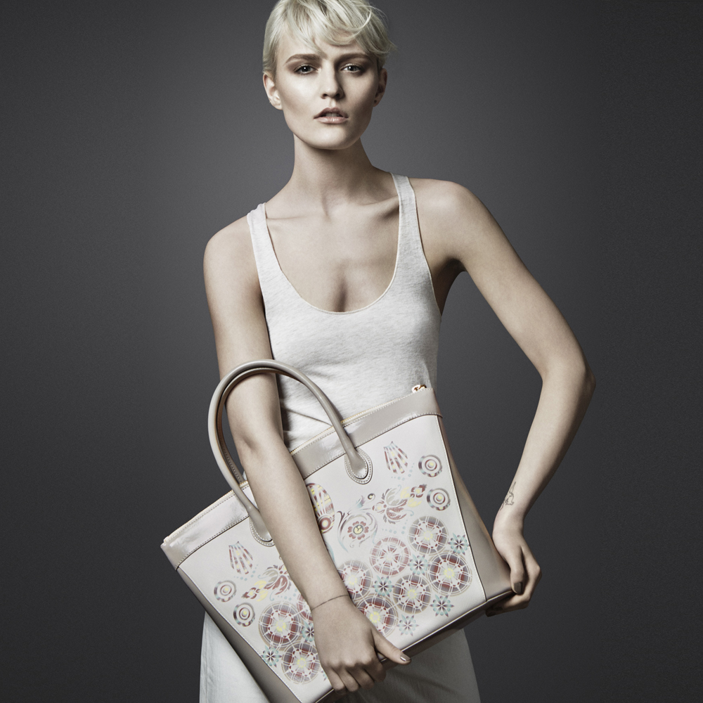 Large Tote in ivory - printed