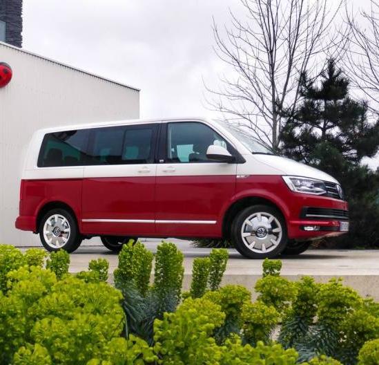 Volkswagen_Multivan_T6_Generation_Six_02.jpg