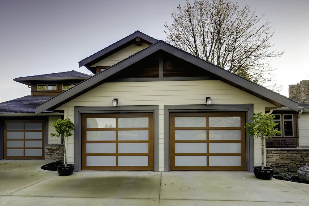 RA360 Colony Maple Garage Door in Newton, MA