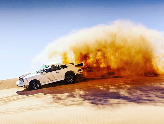 """Tremors"" Porsche 911 Kelly-Moss Team galleryofspeed.com . . . #porsche  #porsche911 #porscheclub #porscheclassic #porscheracing #porscheclub #porschefans #stuttgart #nurburgring #dakar #dakarrally #porschepanamera @porsche_pix @jim_busby @stoddardporscheparts @cprclassic @pinstripe_chris @slot_mods_raceways @livelagunabeach @livenewportbeach @motorcar_collector @monsieur_jouet_ancien @vq930 @autokennel @autoconduct @autofocusedbyroycer924 @alongfortheride__johnstraub @radu__911 @911rennn @callchuckrosenblum"