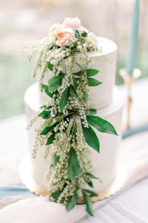 Spring wedding cake.