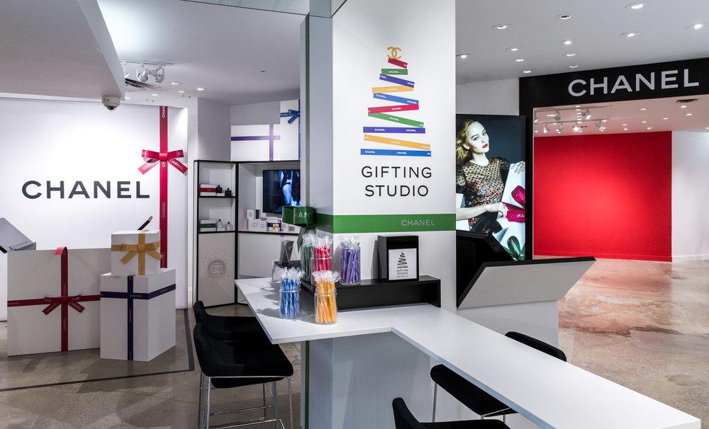 CHANEL GIFTING STUDIO, HOLIDAY 2017