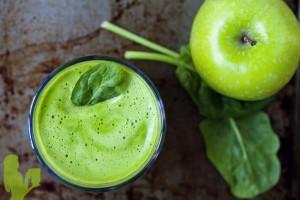 Detox-Apple-Ginger-Green-Juice-Post78k-300x200.jpg