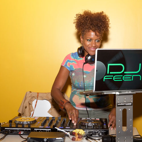 Chicago-Indoor-Sports_Event-DJ_Thumbnail.jpg