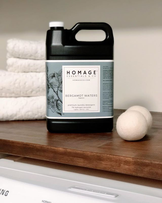 Double tap if you don't like doing laundry? 🧺  I have a solution to help! My company Homage Essentials & Co makes the best smelling laundry detergents that actually clean well and smell amazing! Our secret.... hydrogen peroxide! Hydrogen peroxide has natural bleaching powers. It can get out grass stains, blood and those stinky clothes. H2O2 breaks down the stains and bacteria and after it's done cleaning it breaks down to water and air, leaving your clothes clean. Comes in 6 amazing fragrances and fragrance free!! Non-toxic and safe for the whole family! . Shop Homageco.com for our hydrogen peroxide laundry detergents and cleaning concentrates!