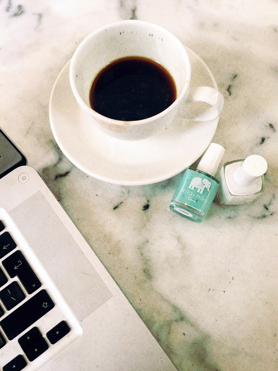 Passions. Coffee & Nails