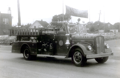 This '54 Ward La-France pumper, which served as 807, was different from 805 and 808 in that it had a deck pipe. The 807 and 808 Ward-LaFrance units were ordered with enclosed side compartments, which was not a standard feature.
