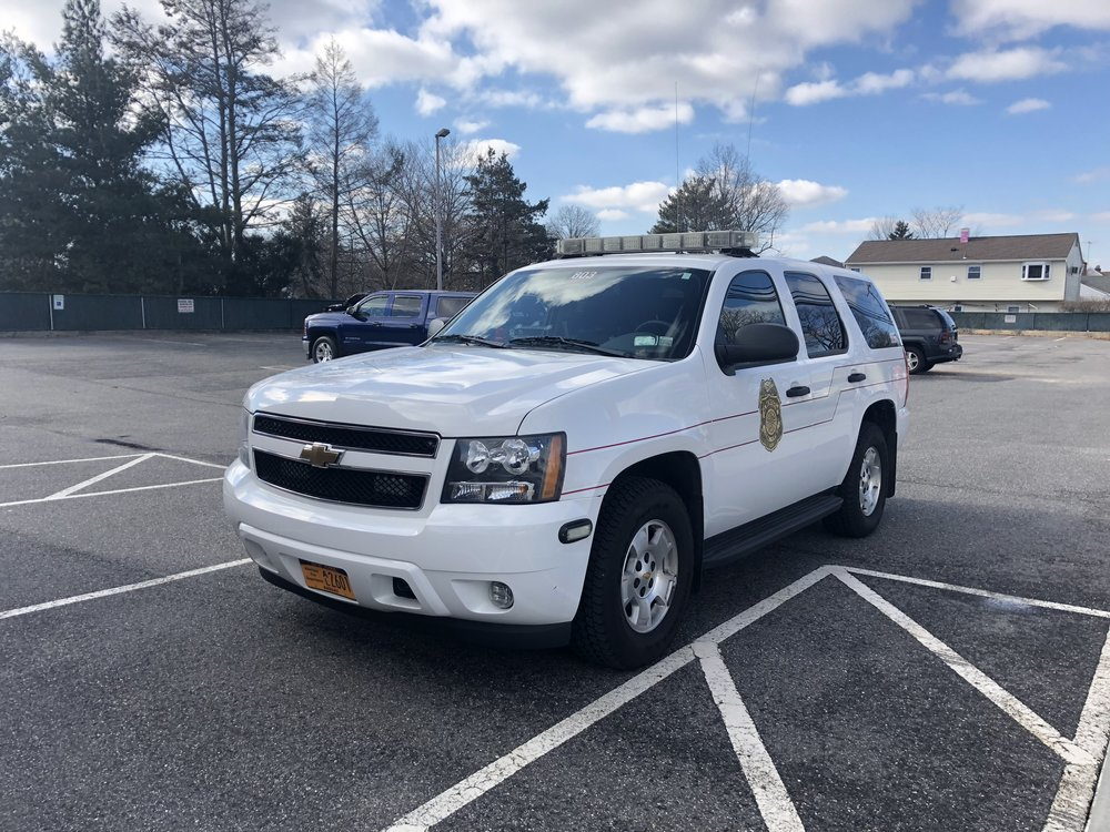 A fleet of 3 2010 Chevy Tahoes are utilized by our Chiefs for rapid response to all alarms. Each car is equipped with incident command boards for emergency operations, as well as a full set of medical gear, including Lifepak 500 defibrillators.