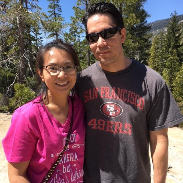 A couple at the Pyramid Creek trailhead