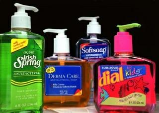 La-sci-germophobes-fda-antibacterial-soap-2013-001