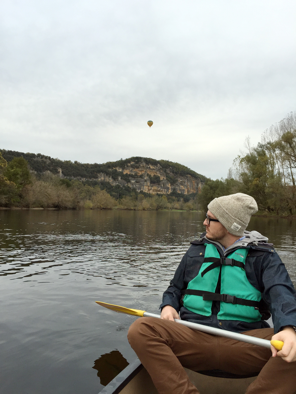 canoe-curt