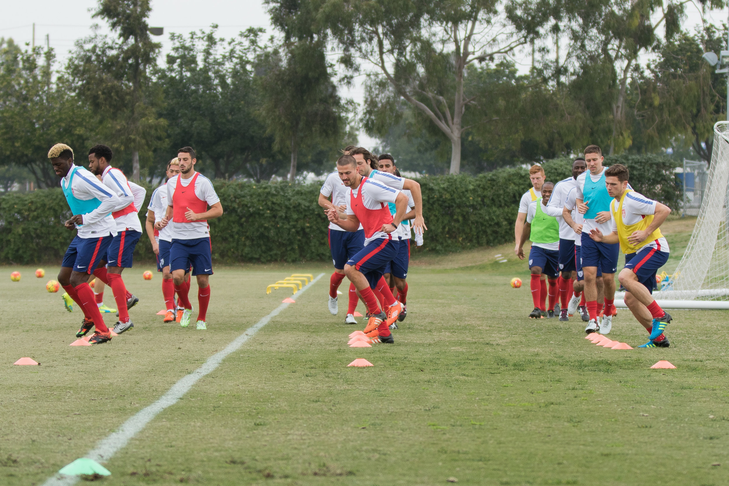 CARSON, California - Monday, January 18, 2016: US Men's National Team during Winter camp at StubHub Center. Photo by John Dorton.