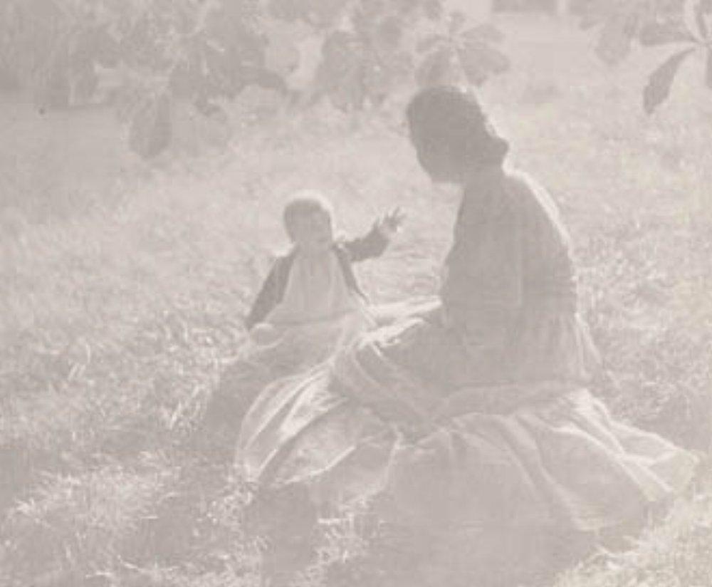 "Edward Steichen, MOTHER AND CHILD - SUNLIGHT, 1906 [Camera Work XIV], photogravure, 5"" x 6.25"""