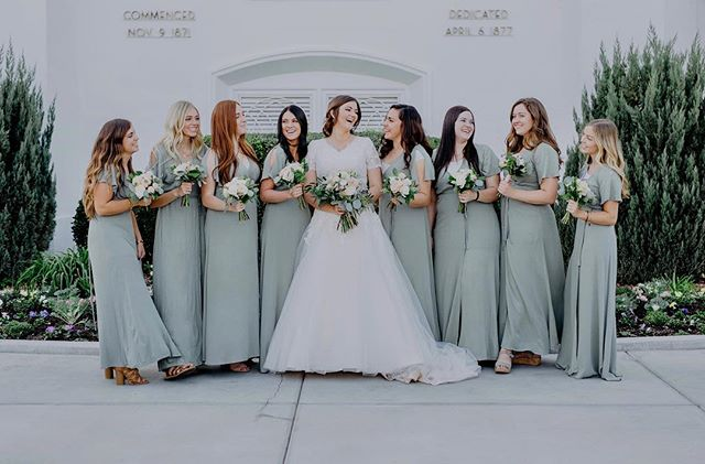 Now these gals are one gorgeous bunch!! • • • • • • • • #southernutahphotography #southernutahphotographer #utahbrideblog #utahvalleybride #utahweddingphotographer #stgeorgeweddings #bridesmaids #elopementlove #belovedstories #firstandlasts #authenticlovemag #muchlove_ig #junebugswedding #beyondthewanderlust #twobrightlights #theknot #thekaptureco #elopementlove