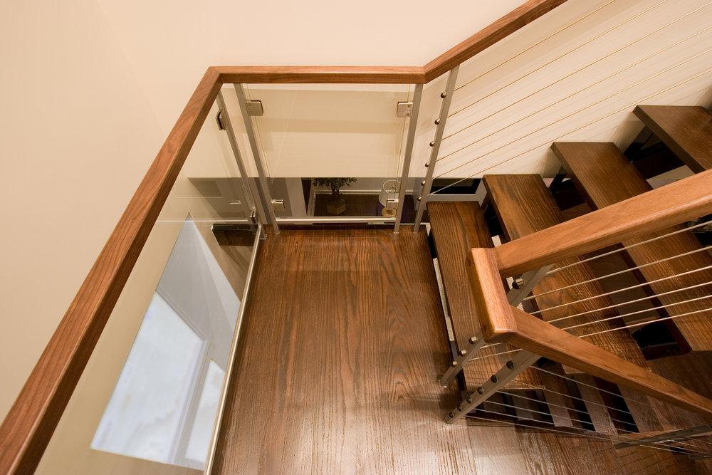 3eac9-stairglasspanels.jpg