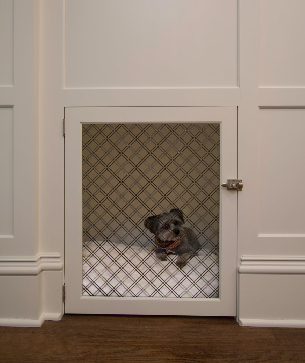 Integrated custom dog crate