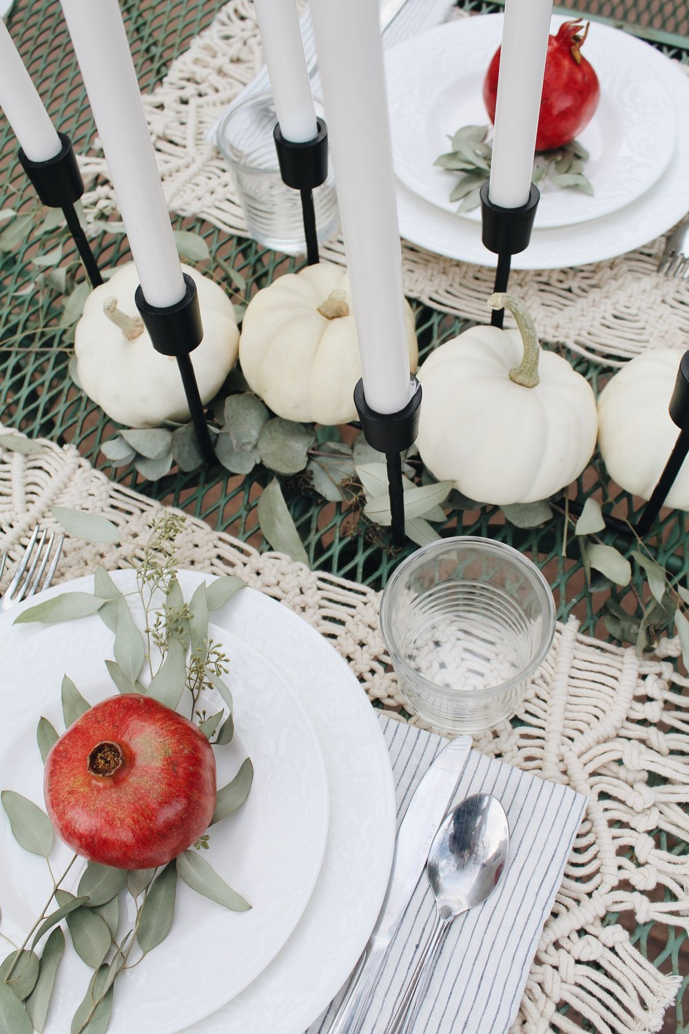 basedonbeige_fall_tablescape1.jpeg
