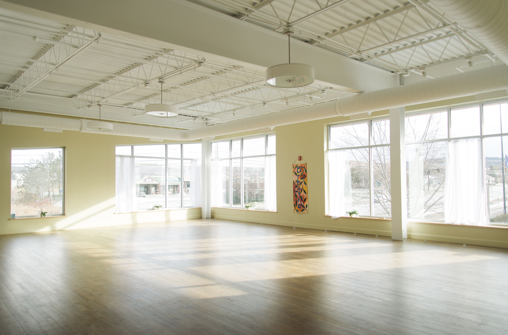 YogaRoots_Williston_Studio_03.png