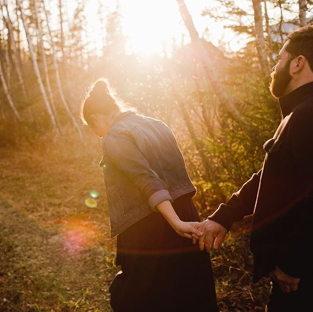 I'm here for the in between moments and the sun flares. 💛 . . . #engagementphotos #engagement #engagementsession #couplephotography #inbetweeners #canadianengagement #sunflare #sunflares  #monctonwedding #monctonweddingphotographer #weddingphotography #weddingphotographymoncton #carophoto #carophotoweddings #realportraitsoffunpeople #newbrunswickweddingphotographer #newbrunswickwedding #untraditionalwedding #candidweddingphotography #momentjunkie #wedding #weddingphotographer #realwedding #momentsovermountains #canadianwedding #canadianweddingphotographer