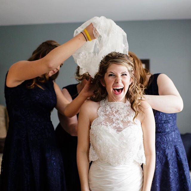 You won't find this on your Pinterest list of '30 must have photos from your wedding day'. 😋 . . . #monctonwedding #bride #gettingready #monctonweddingphotographer #weddingphotography #weddingphotographymoncton #carophoto #carophotoweddings #realportraitsoffunpeople #newbrunswickweddingphotographer #newbrunswickwedding #untraditionalwedding #candidweddingphotography #momentjunkie #wedding #weddingphotographer #realwedding #momentsovermountains #canadianwedding #canadianweddingphotographer