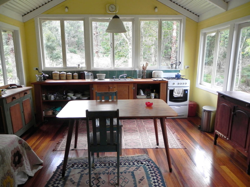 country-kitchen_web.jpg