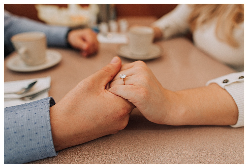 Rod's Diner | 50's Inspired Engagement Photography | Altadena