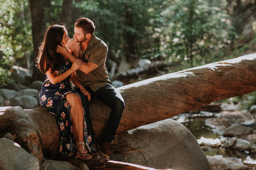 5 Beautiful Spots for Engagement Photos - Bonus: They're all within an hour of LA!