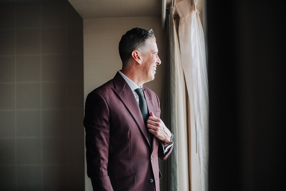 Groom Getting ready, Omni Hotel Downtown Los Angeles