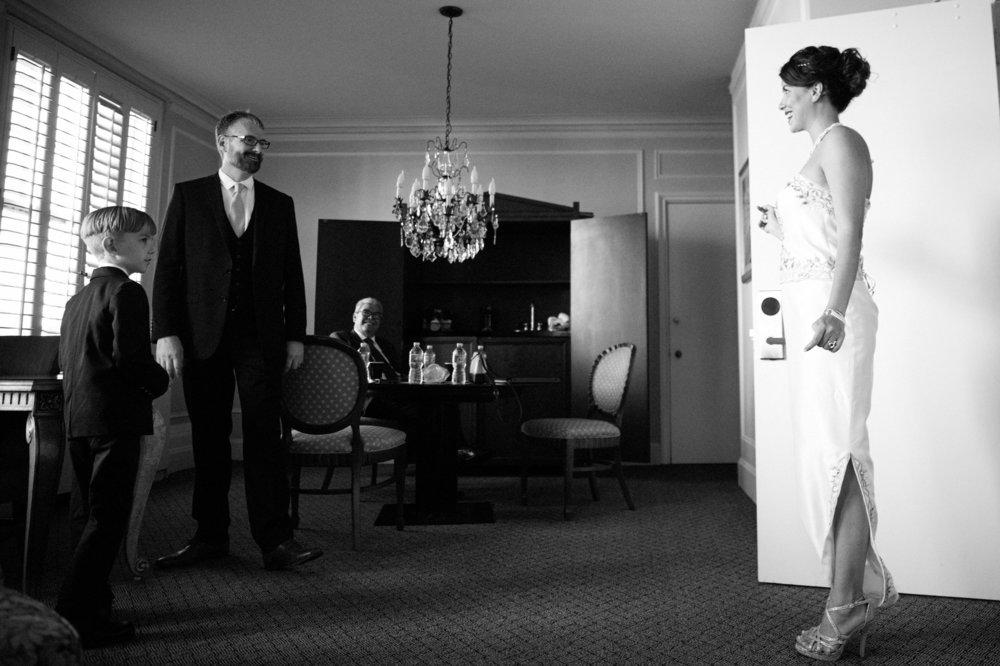 Bride+&+Groom+First+Look+Los+Angeles+Wedding-2.jpg