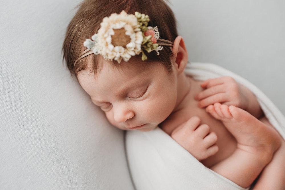 newborn_photographer_kelowna-.jpg