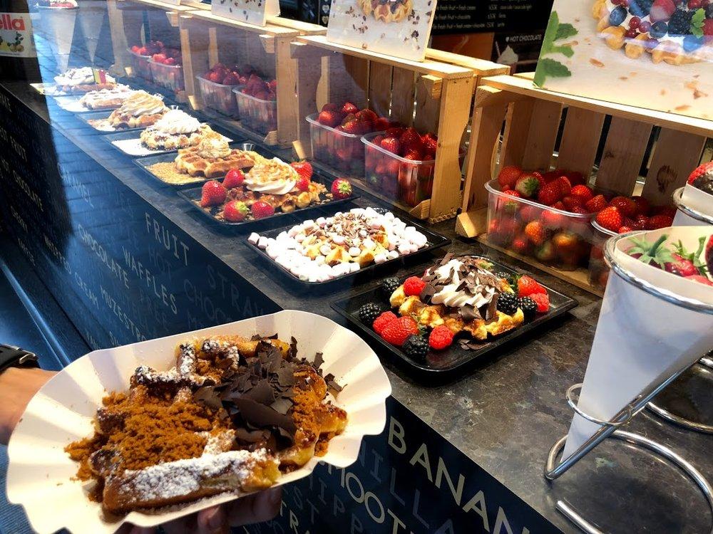 liege waffle belgian chocolate speculoos.jpg