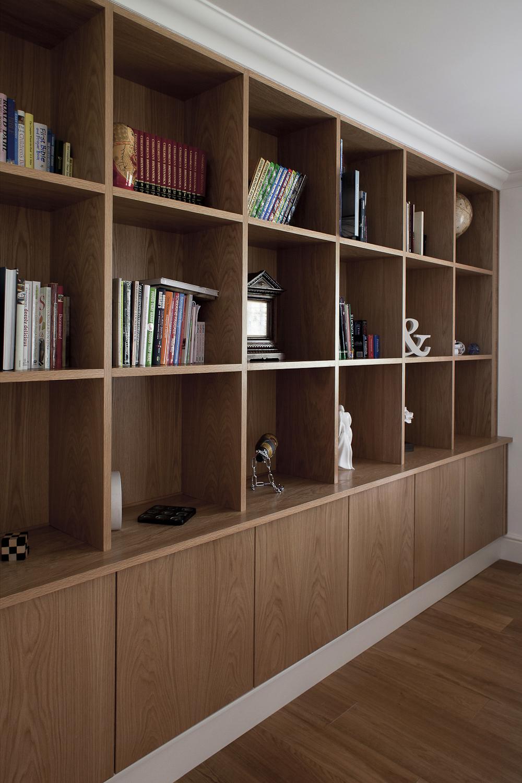 Fitted_Furniture_Bookcase_Stoneham_Plc_Canterbury_Kent.jpg