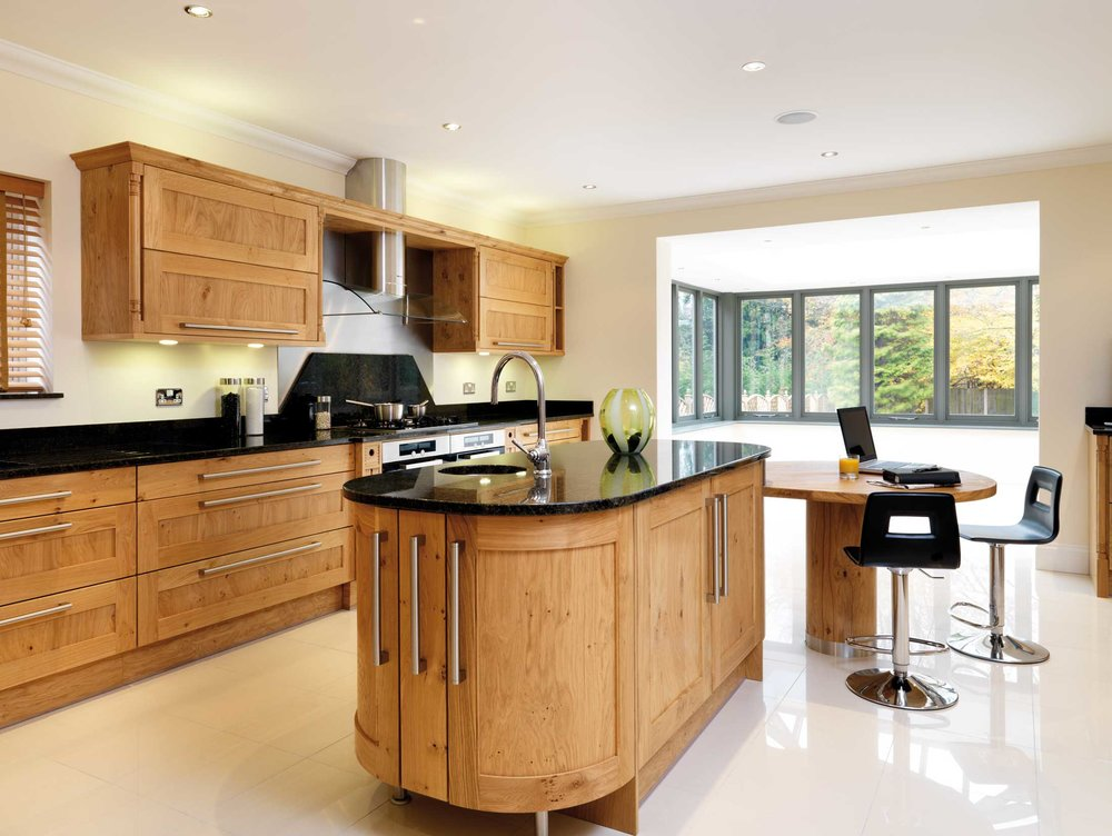 Lullingstone - The appeal of Lullingstone owes its allure to the knotted quality of the wood and the classic lines of its period-inspired design. With the enduring appeal of oak, a Lullingstone kitchen is a blend of uncompromising luxury and sophistication, especially when it comes to convenience of use, function and design flexibility. When teamed with steel and dark polished granite surfaces it creates a timeless design for modern living, full of subtle ingenuity. Also available in American White Oak.