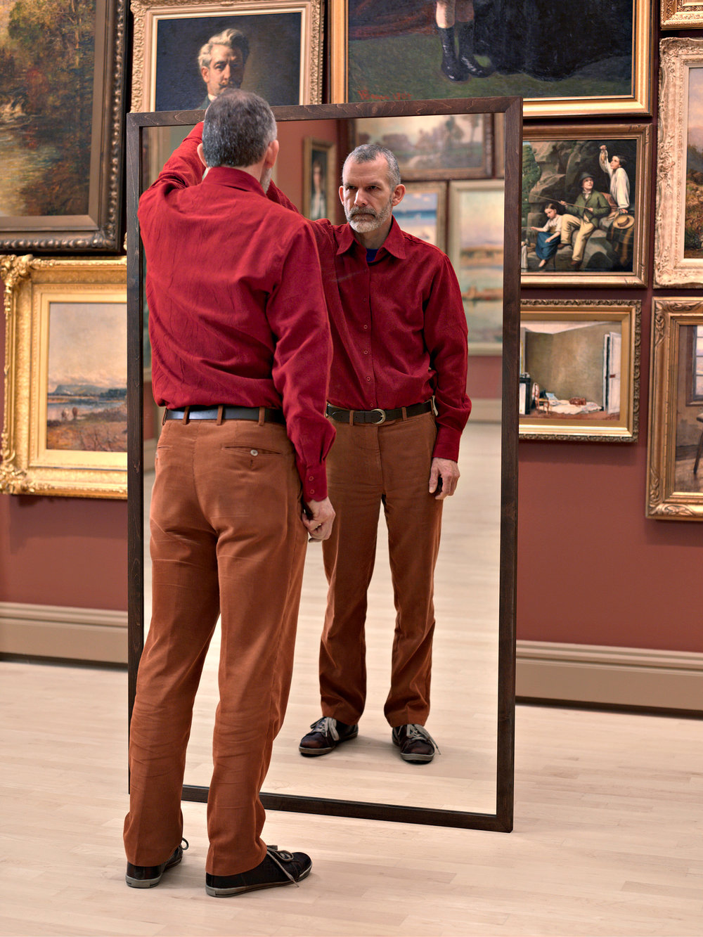 A Man Mirroring II  2008, colour photograph 101 x 76 cm / 40 x 30 in. Edition of 7
