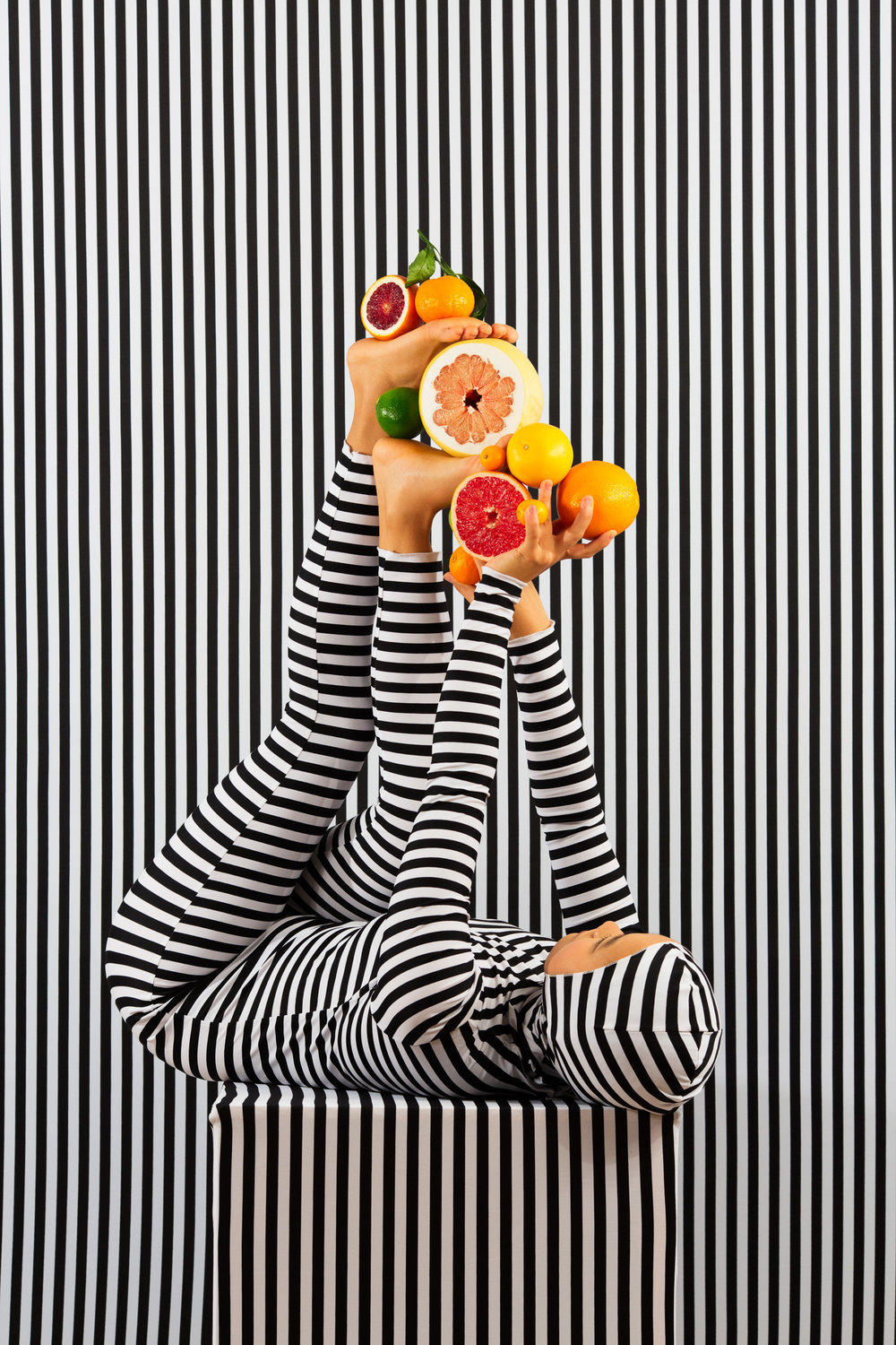 An Arrangement (Stripes Case Study 6)   2018, archival pigment print 91.5 x 61 cm / 36 x 24 in. Edition of 3