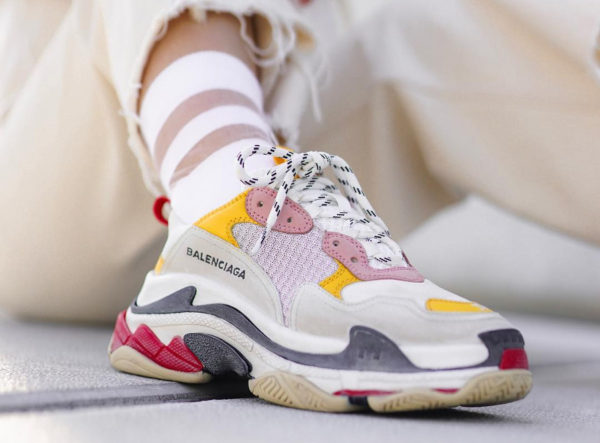 cf9760871047 Best dupes for the current Instagram sneakers trends — Era Dyla Hill