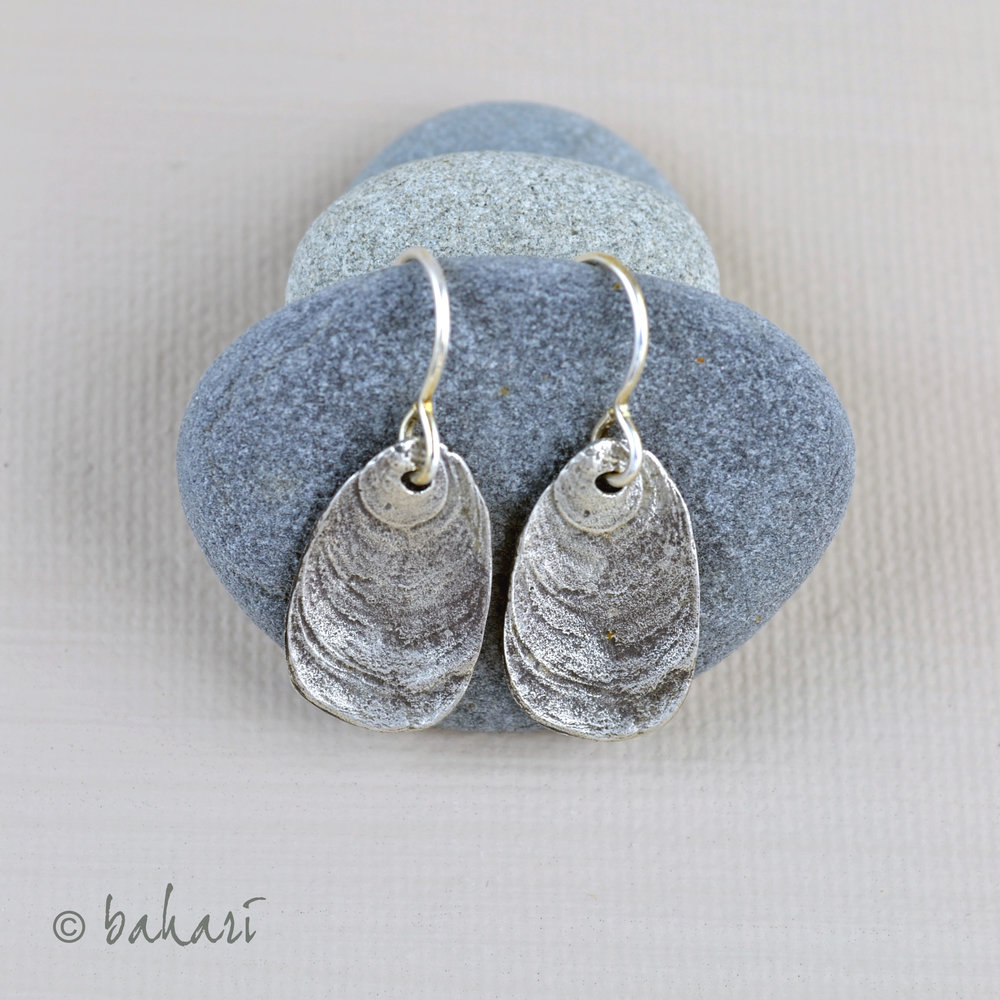 Slipper Earrings on Stones