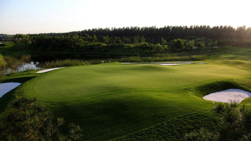 Jingshan Lake Golf Club