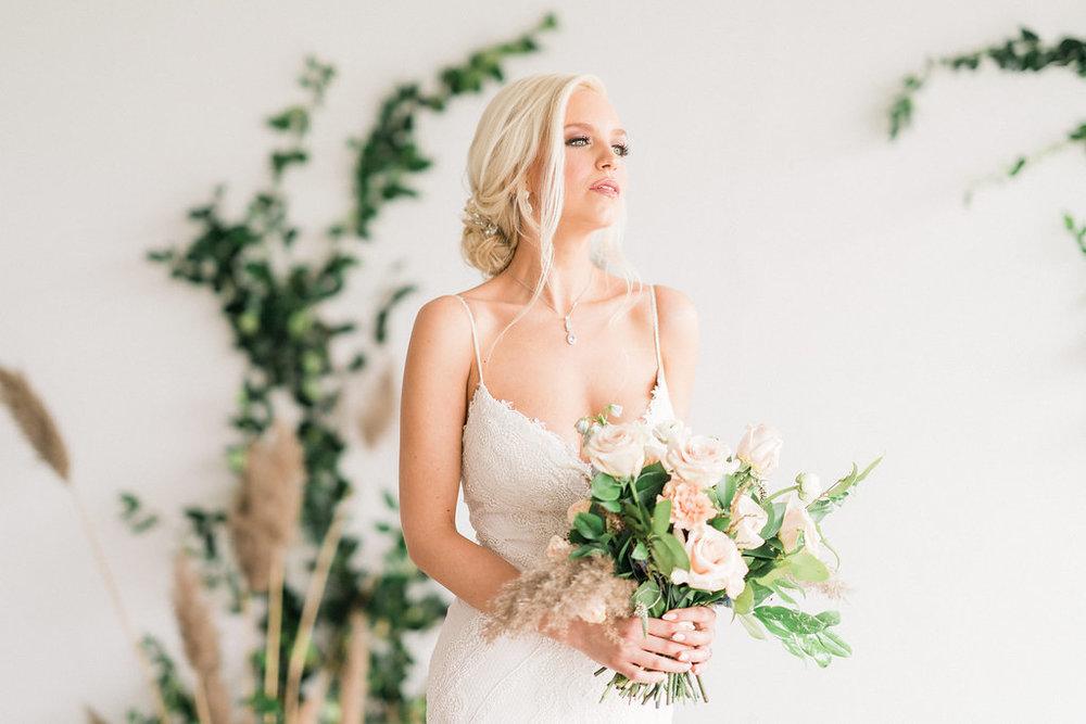 Luxe_Modern_Marble_Wedding_Photos-Rhythm_Photography-239.jpg
