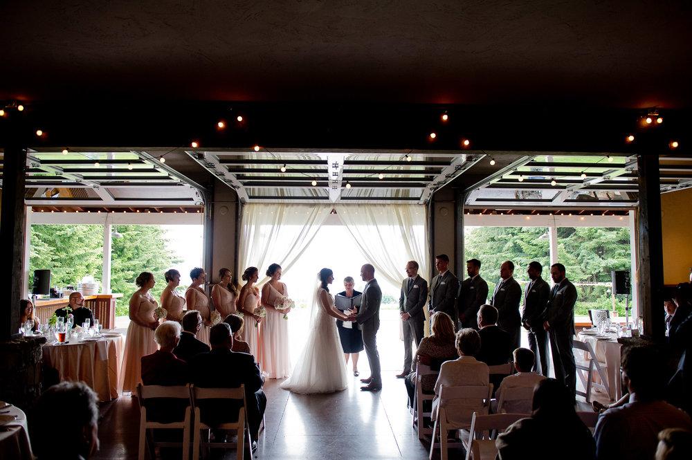 00040-moscastudio-gorge-crest-vineyard-weddings-ONLINE.jpg