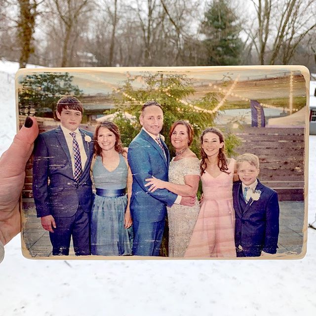 Custom transfers are my favorite 😍 . . . #costume #seventeenthstdesigns #woodsigns #phototransfer #handmade #shopsmall #wood #wedding #weddinggift