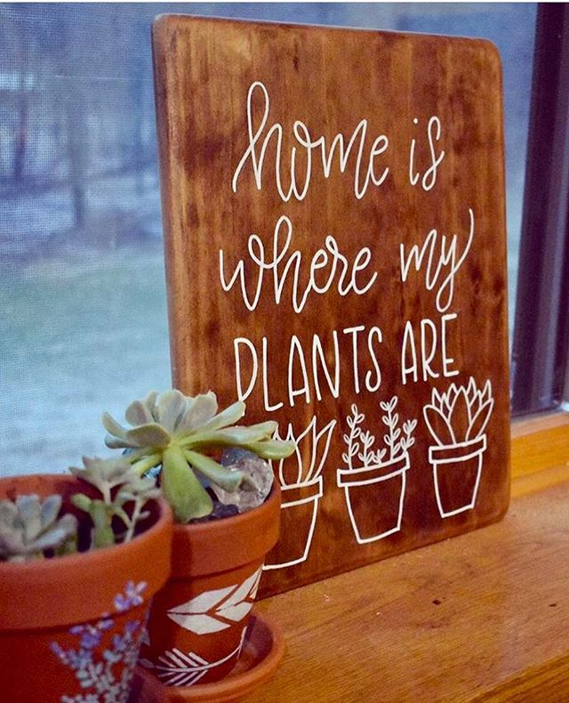 Throwing it back to some of last years favorite spring designs 😍 📸 @aangiee.g • • • #springhassprung #succulents #woodsigns #handlettering #handmade #seventeenthstdesigns #plantlover
