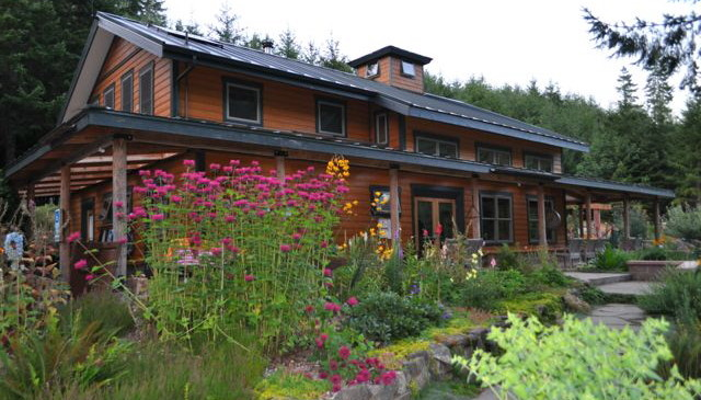 lodge-flowers-640x365.jpg