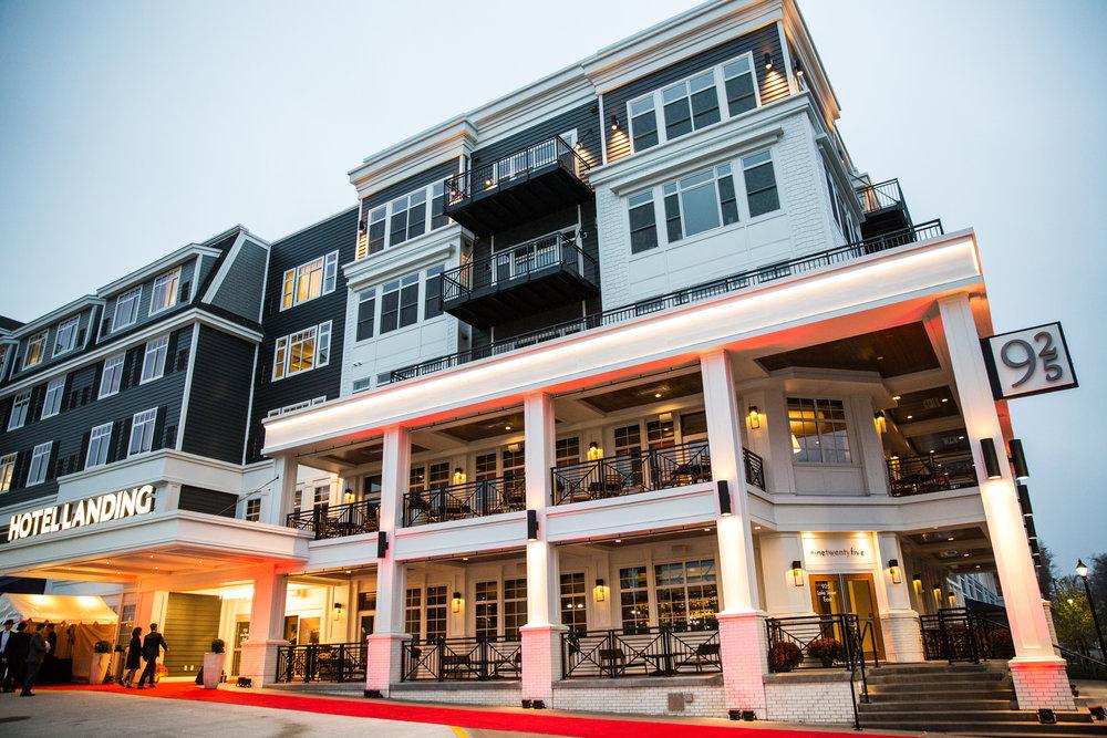 25 - RobertEvansImagery.com Hotel Landing  11-4-17  BX2A8396.jpg
