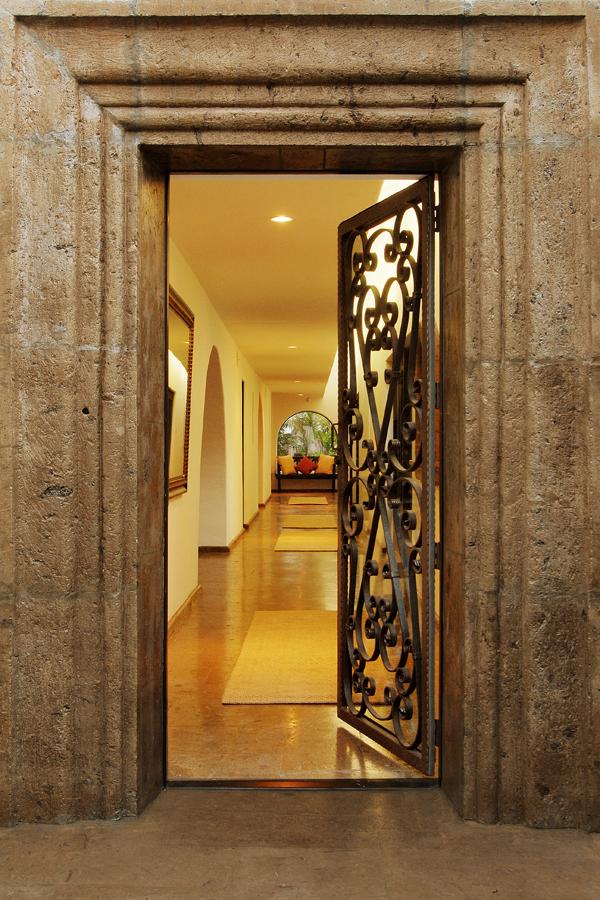 St Ives - MAIN DOOR vert-lo res.jpg