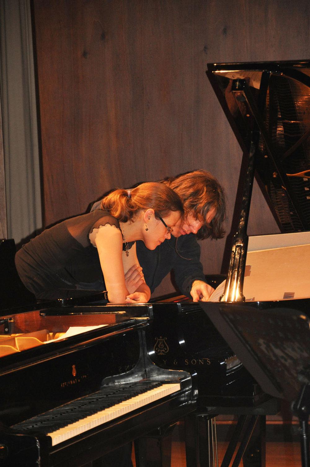 Bugallo in rehearsal with Caspar Johannes Walter (Basel, 2014)