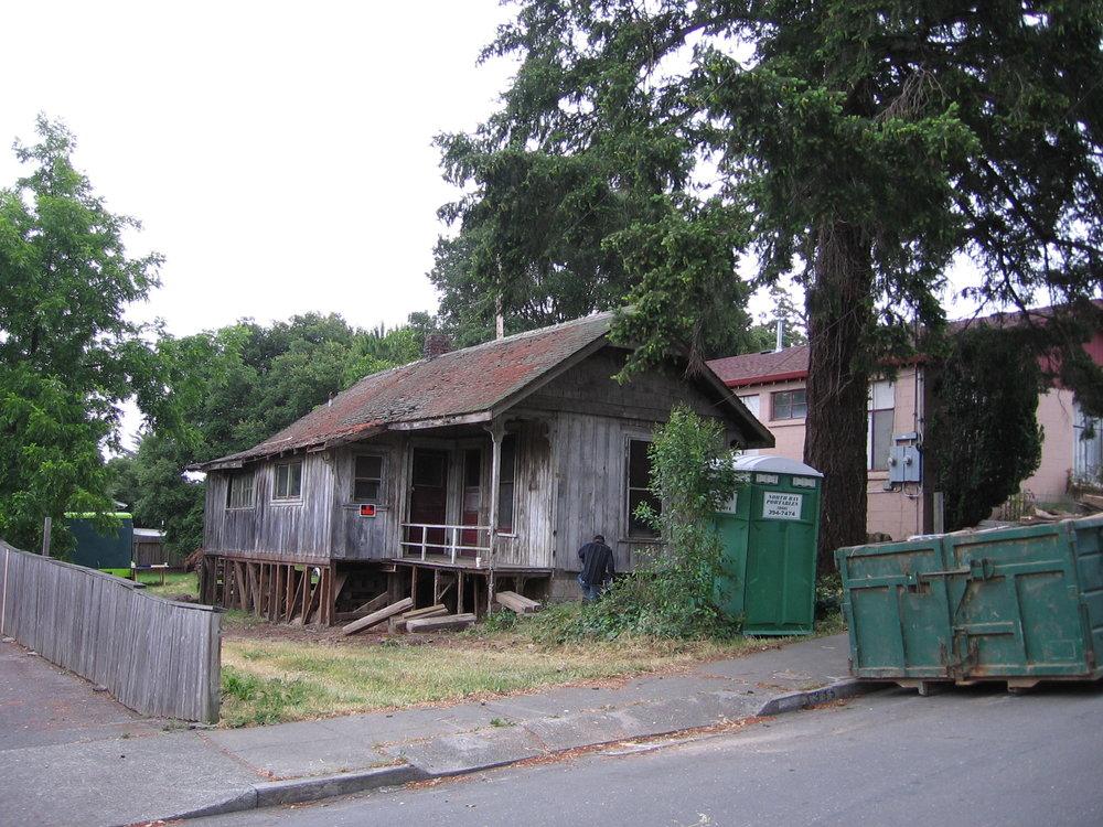 April Lautman's Home 003.jpg